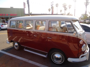 VW Station Wagon Oceanside 2013 by Hudley