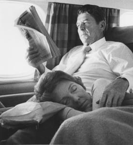 Ronald-and-Nancy-Reagan-on-campaign-trail-in-1976